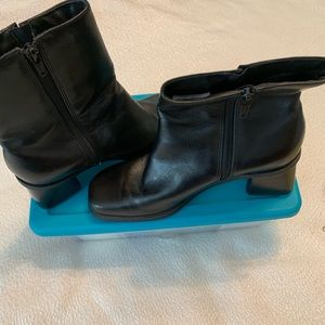 Naturalizer short boots